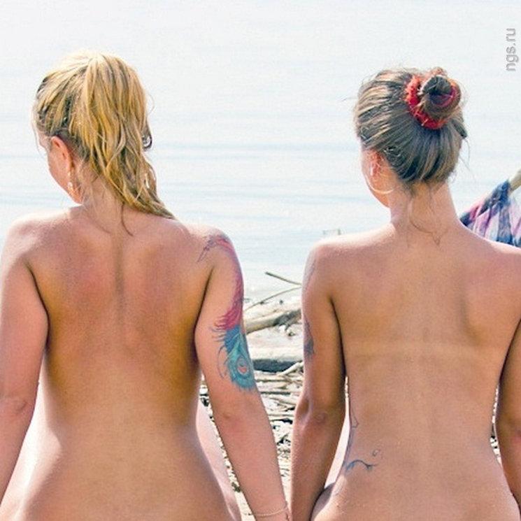 Naturystki na plaży w Rosji
