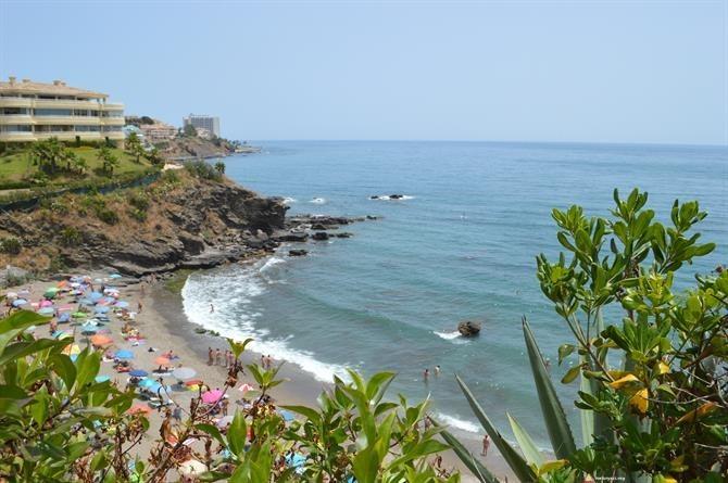 Widok plaży Benalnatura