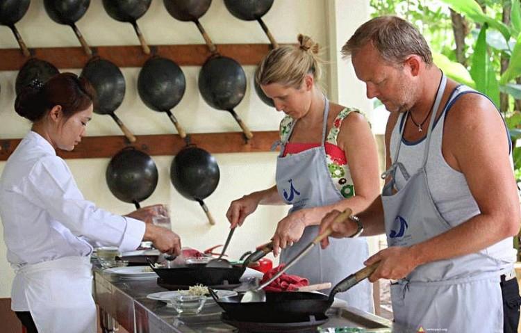 Można samemu uczestniczyć w przygotowaniu posiłku